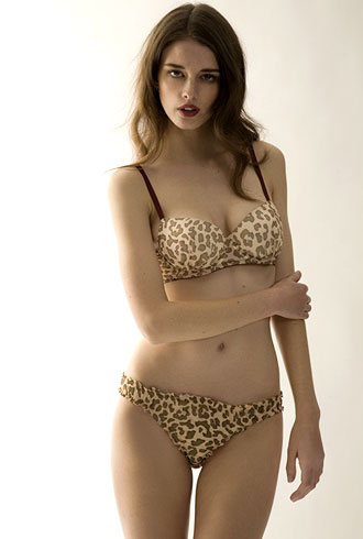 Don't Make These Lingerie Mistakes - theFashionSpot