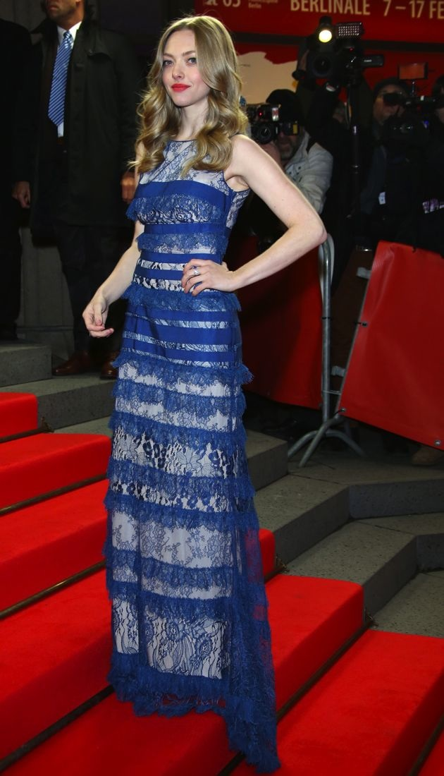Look Of The Day Amanda Seyfried Premieres Lovelace In