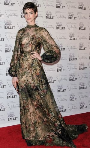 Anne Hathaway New York City 2012 Ballet Fall Gala Sept 2012