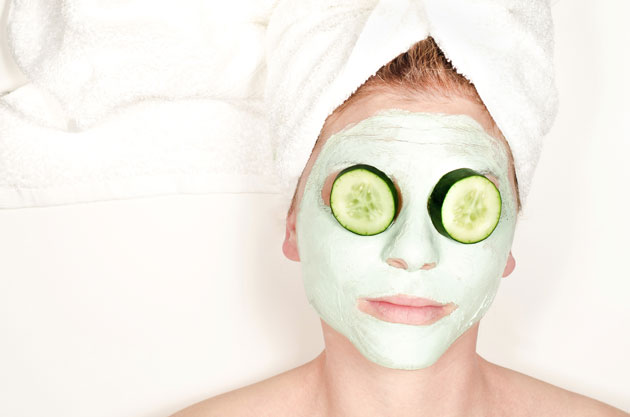 woman wearing homemade face mask