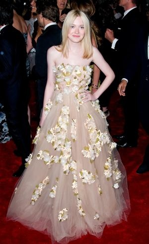 Dakota Fanning Met Gala New York City May 2011